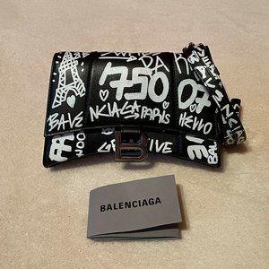 New BALENCIAGA Graffiti Hourglass Belt Bag
